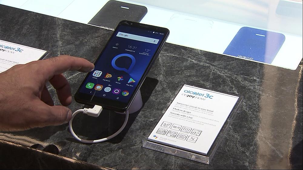 Mobile World Congress 2018 – Alcatel smart phones