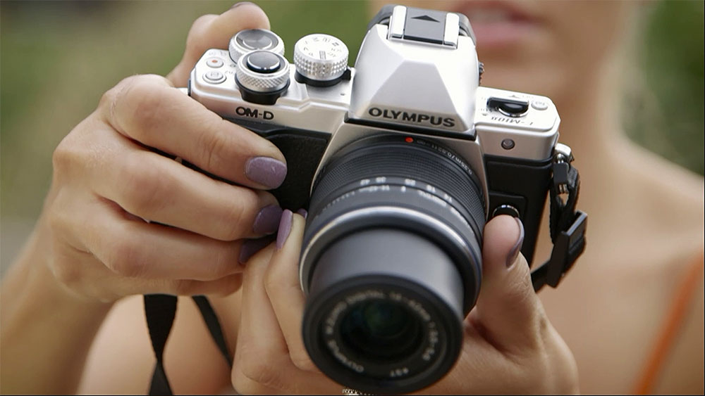 CyberShack TV:  Olympus OM-D E-M10 MKII Mirrorless Camera