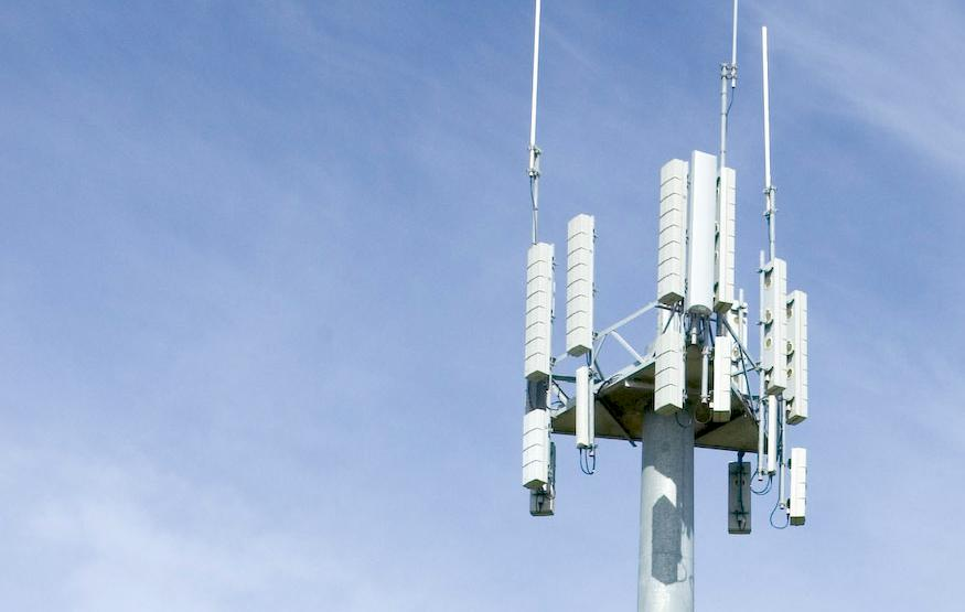 Vodafone and Telstra chug along with black spot busting base stations in re...