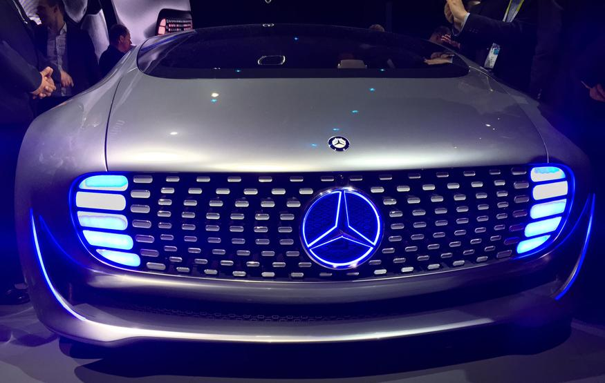 CES 2015: Luxury in Motion – Mercedes-Benz's self-driving car o...