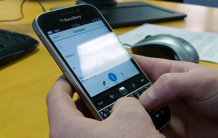 Australian Review: BlackBerry Classic – Nostalgia and fumes