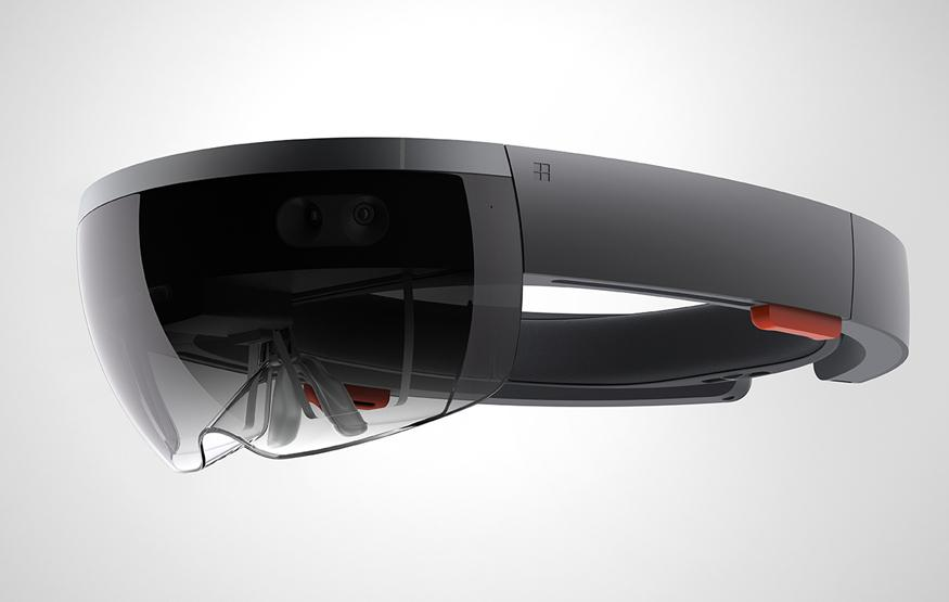 First look at new apps for Microsoft's HoloLens