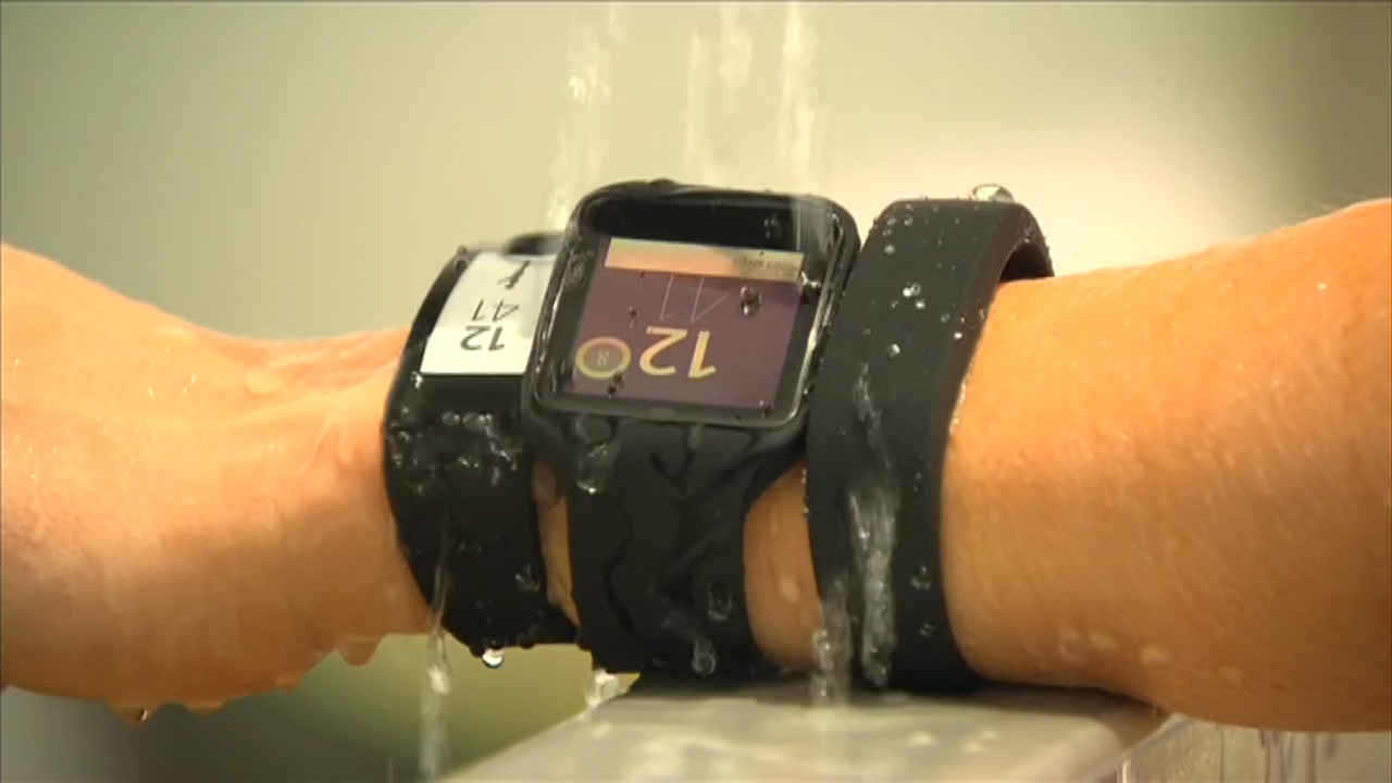 CyberShack TV: Hands on with Sony SmartWear