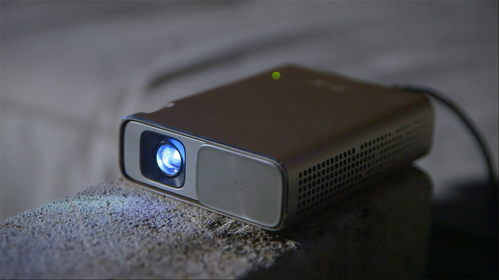 CyberShack TV Season 24: Ep11 – Asus Zenbeam Projector