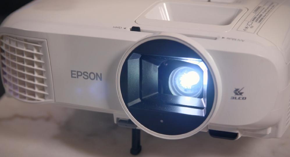 CyberShack TV Season 26: Ep5 – Epson EH-TW5700